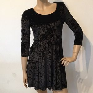Lamour Nanette Lepore Black Crushed Velvet Dress S